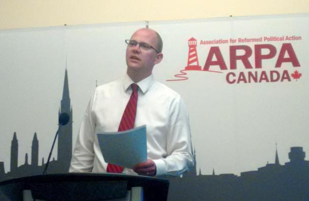 Mark Penninga addresses delegates at closing reception